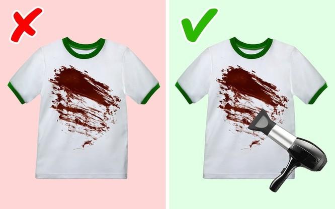 Mẹo giặt quần áo luôn trắng sạch và thơm mát như mùa xuân ảnh 12