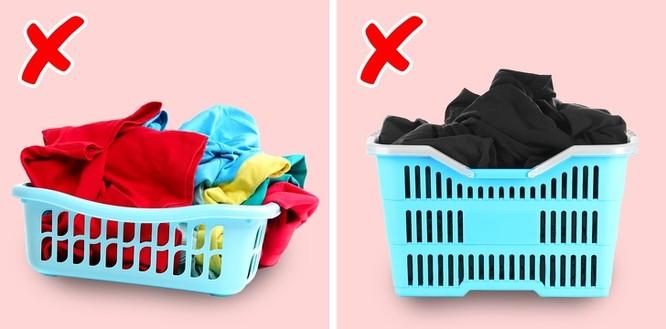 Mẹo giặt quần áo luôn trắng sạch và thơm mát như mùa xuân ảnh 7