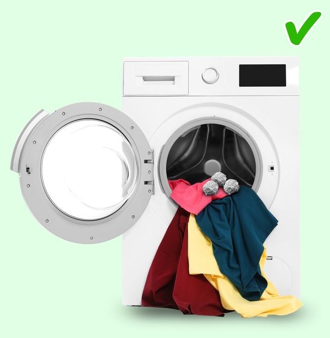 Mẹo giặt quần áo luôn trắng sạch và thơm mát như mùa xuân ảnh 8