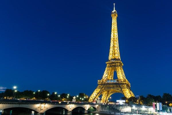 Top 10 công trình mang tính biểu tượng nhất trên thế giới ảnh 2