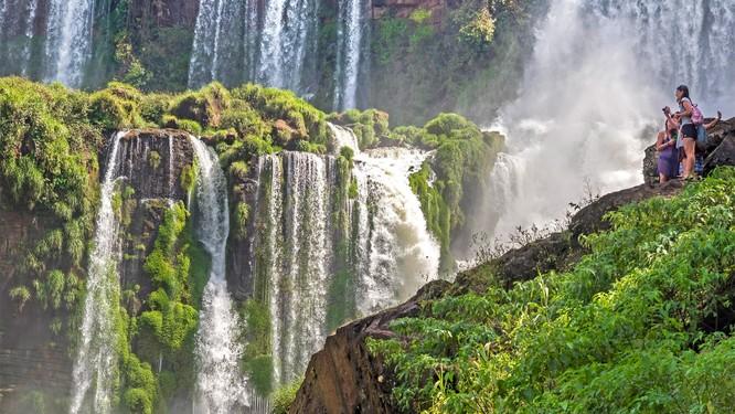 """Top 13 địa điểm du lịch thế giới khiến dân tình """"bấn loạn"""" ảnh 11"""