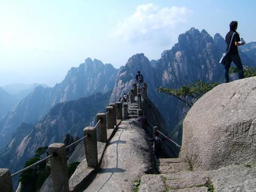 Top 10 địa điểm tham quan du lịch hàng đầu Trung Quốc ảnh 3