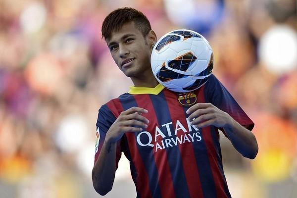 Top 10 cầu thủ bóng đá giàu nhất thế giới ảnh 3