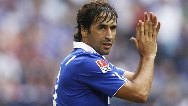 Top 10 cầu thủ bóng đá giàu nhất thế giới ảnh 9