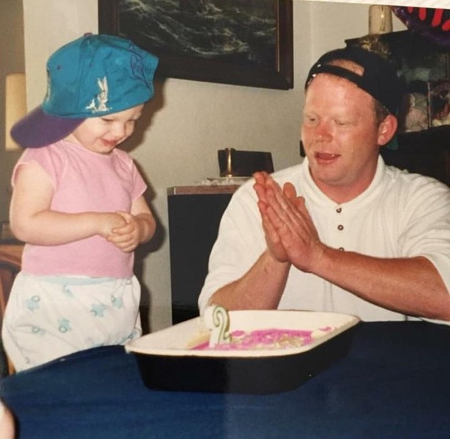 """17 ảnh minh chứng con gái luôn là """"công chúa nhỏ"""" của cha ảnh 1"""
