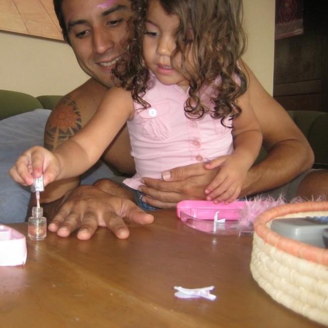 """17 ảnh minh chứng con gái luôn là """"công chúa nhỏ"""" của cha ảnh 3"""