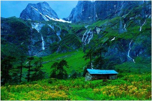 Top 10 thung lũng đẹp nhất trên thế giới bạn nên đặt chân đến 1 lần trong đời ảnh 1