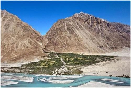 Top 10 thung lũng đẹp nhất trên thế giới bạn nên đặt chân đến 1 lần trong đời ảnh 9