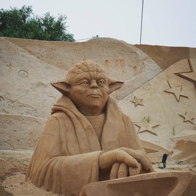 Chiêm ngưỡng 20 tác phẩm nghệ thuật công phu từ cát ảnh 11