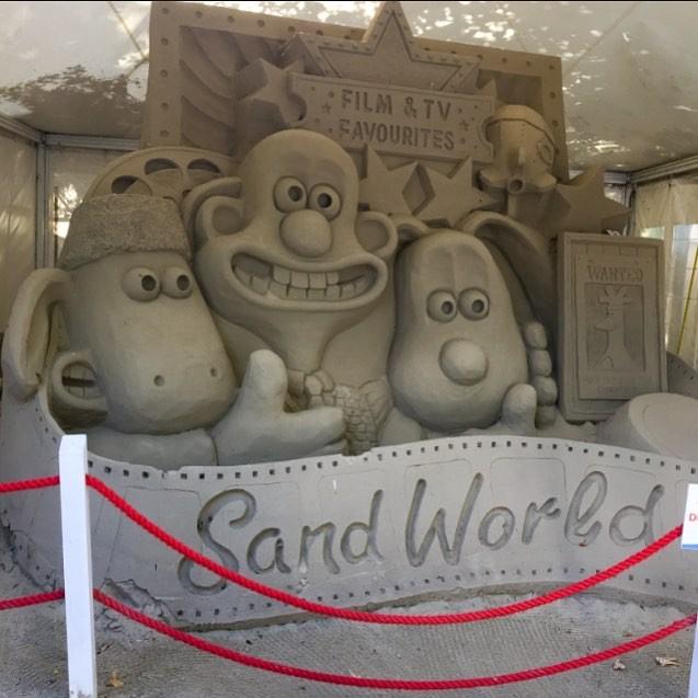 Chiêm ngưỡng 20 tác phẩm nghệ thuật công phu từ cát ảnh 13