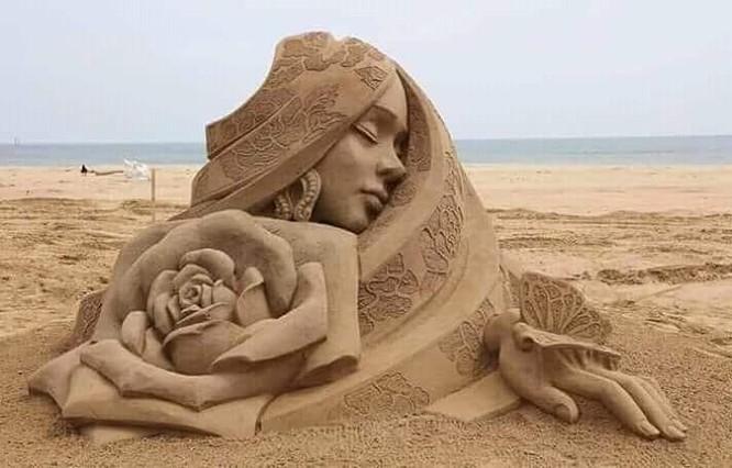 Chiêm ngưỡng 20 tác phẩm nghệ thuật công phu từ cát ảnh 3