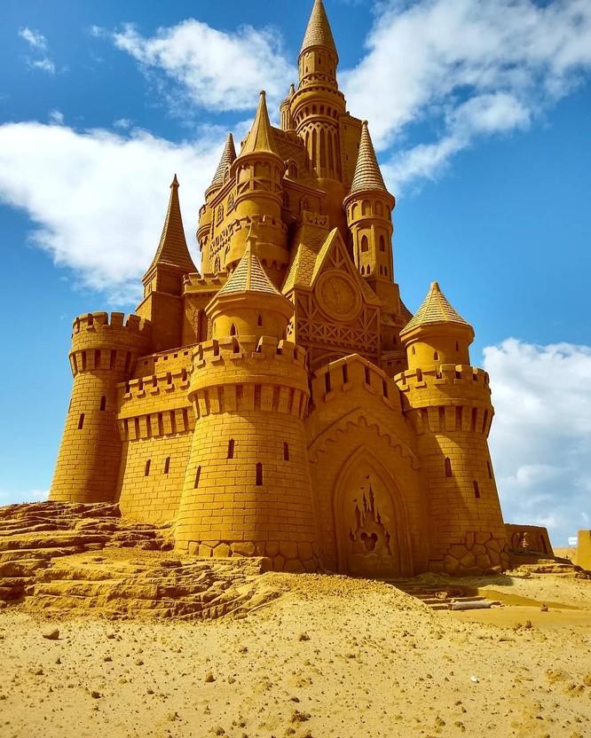 Chiêm ngưỡng 20 tác phẩm nghệ thuật công phu từ cát ảnh 7