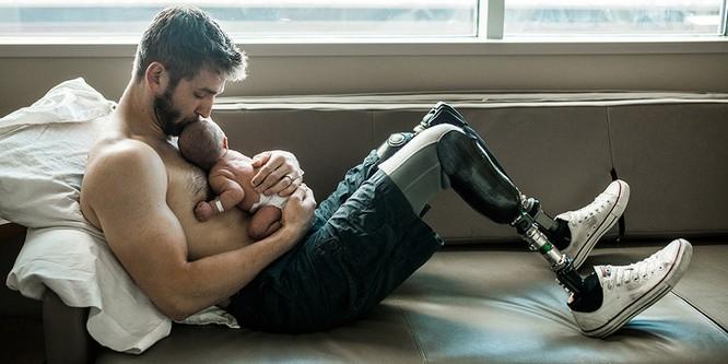 14 hình ảnh chứng minh các ông bố ngầu hơn bất kỳ siêu anh hùng nào ảnh 14