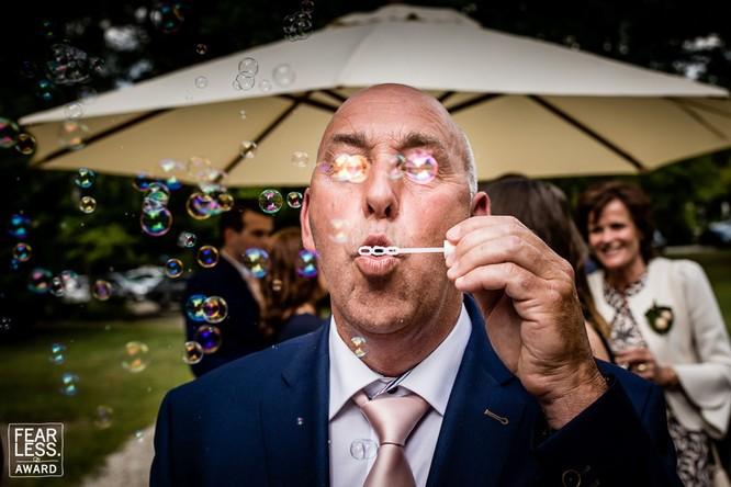 15 bức ảnh cảm động ngày hôn lễ khiến bạn rơi nước mắt ảnh 9