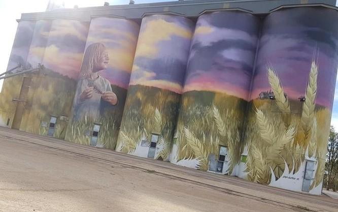 15 tác phẩm nghệ thuật đường phố khiến trái tim ai cũng phải lỡ nhịp ảnh 4