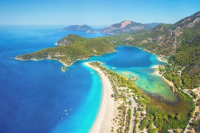 10 bãi biển đẹp nhất hành tinh ảnh 2