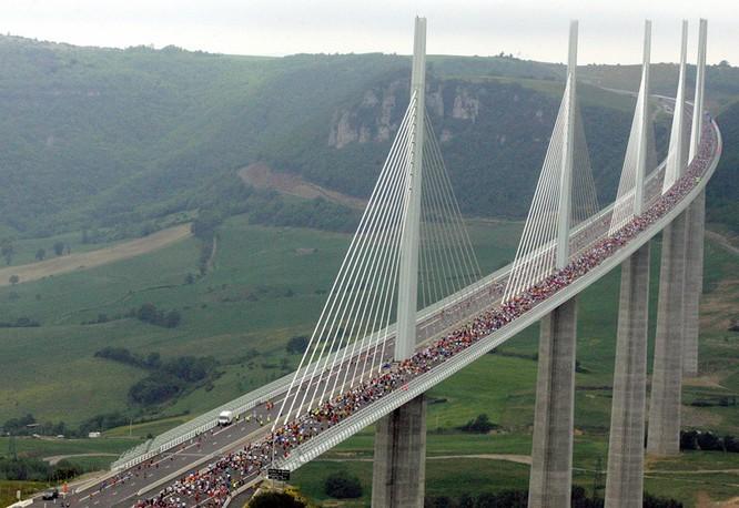 Top 8 cây cầu dài nhất thế giới ảnh 1
