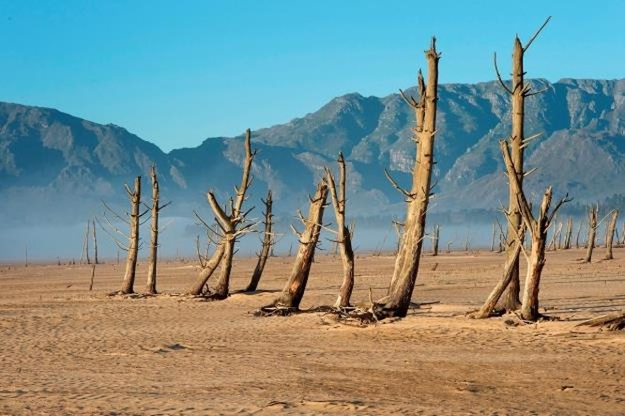 Hàm lượng CO2 trong khí quyển chạm mốc 415 phần triệu (ppm) tăng cao nhất từ trước đến nay ảnh 2