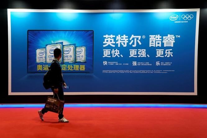 Các nhà sản xuất chip của Mỹ vẫn đang bán hàng triệu USD giá trị hàng hóa cho Huawei, bất chấp lệnh cấm của chính quyền Tổng thống Donald Trump. Ảnh: NY Times