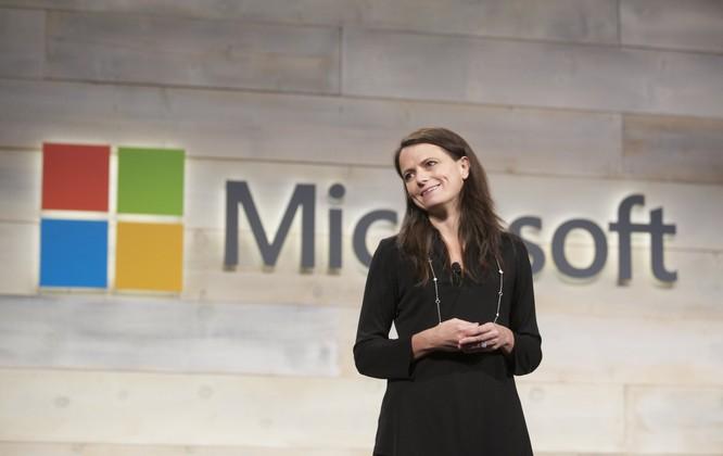 Amy Hood, CFO Microsoft. Ảnh: Fortune