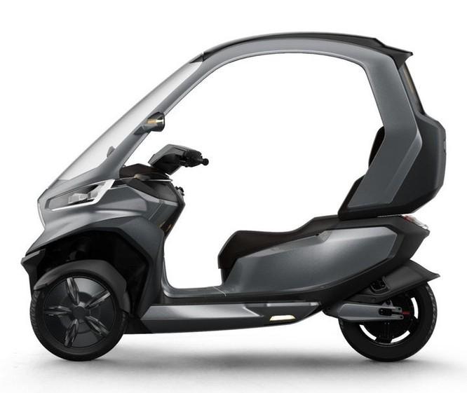 Chiêm ngưỡng TQi, xe máy điện ba bánh tự lái đầu tiên trên thế giới ảnh 2