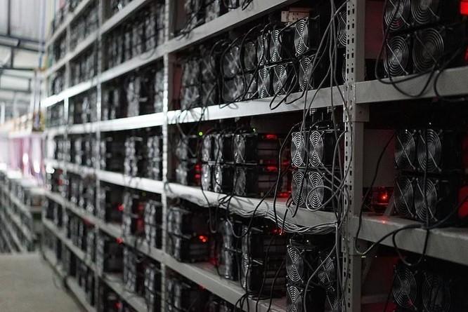Niềm vui và nỗi buồn của thợ đào Bitcoin tại Trung Quốc ảnh 3