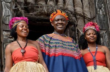 Quốc gia nào không giới hạn số vợ, địa vị càng cao càng có nhiều vợ, tộc trưởng có hơn 100 bà vợ? ảnh 2