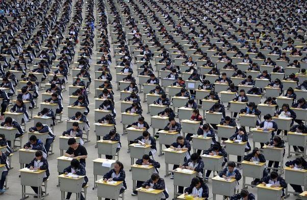 Kinh tế Trung Quốc đang phát triển rất tốt, tại sao người Trung Quốc vẫn muốn di cư sang phương Tây? ảnh 2