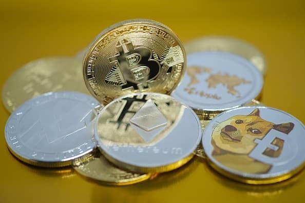 Điều gì sẽ xảy ra nếu bạn đầu tư 100 USD vào Bitcoin năm 2009? ảnh 1