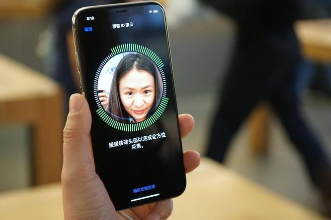 iPhone toàn màn hình hay iPhone màn hình gập, cái nào sẽ đến trước? ảnh 6