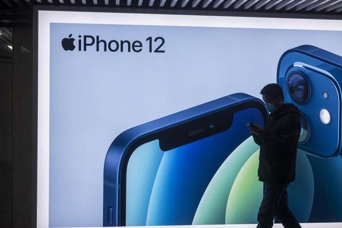 iPhone toàn màn hình hay iPhone màn hình gập, cái nào sẽ đến trước? ảnh 2