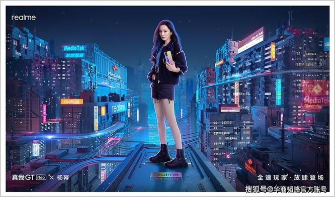 Ai có thể thay thế vị trí của Huawei trên thị trường điện thoại cao cấp Trung Quốc và quốc tế? ảnh 1