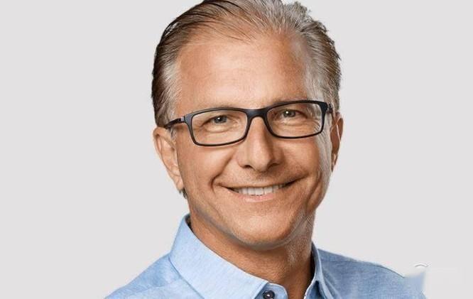 Dự đoán người kế nhiệm Tim Cook chèo lái Apple ảnh 2