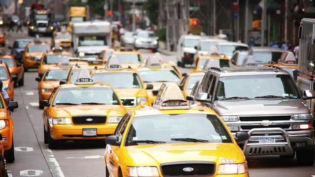 Khoảng 8/10 người Mỹ và 6/10 người Nhật sở hữu ô tô, con số này ở Trung Quốc gây bất ngờ ảnh 1