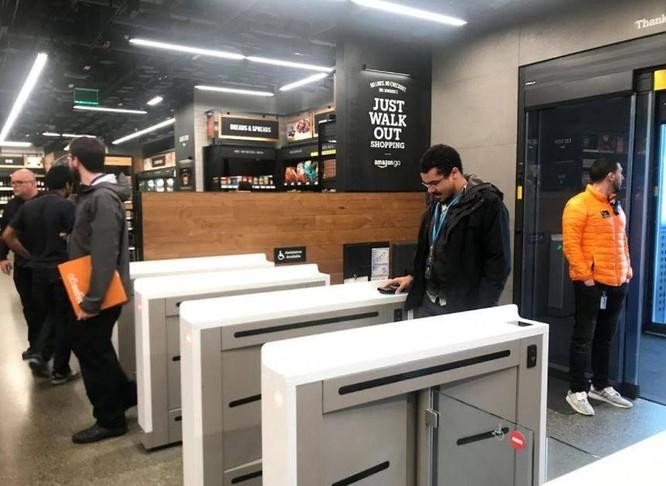 Amazon sẽ giới thiệu hệ thống thanh toán tự động cho các siêu thị lớn ảnh 1