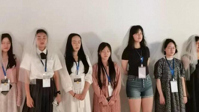 Ám ảnh với tiêu chuẩn sắc đẹp, phụ nữ trẻ Trung Quốc mắc rối loạn ăn uống nghiêm trọng ảnh 4