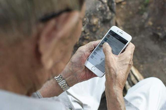 """Các app Trung Quốc đang tìm cách """"lấy lòng"""" người già ảnh 1"""