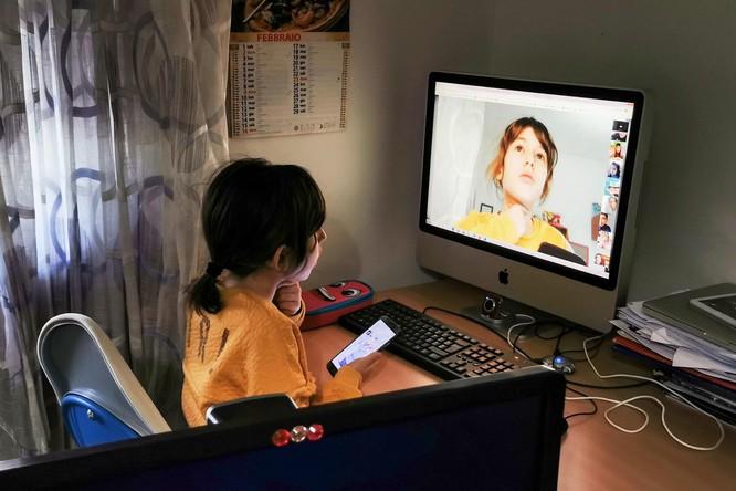 """Dạy thêm trực tuyến của Trung Quốc """"kiếm lợi"""" từ sự lo lắng của phụ huynh ảnh 2"""