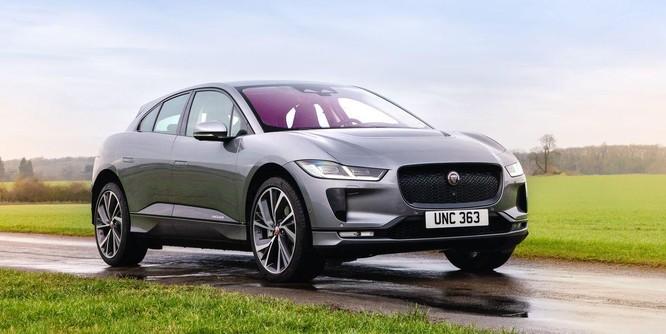 Các hãng xe hơi hạng sang như Porsche và Jaguar gặp khó khi sản xuất xe điện ảnh 4