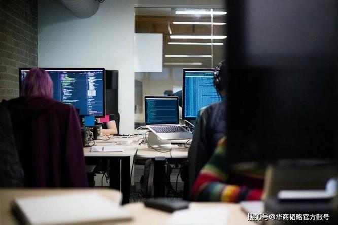 Vì sao nhân viên các công ty Internet có lương cao nhưng chỉ số hạnh phúc công việc thấp nhất? ảnh 1