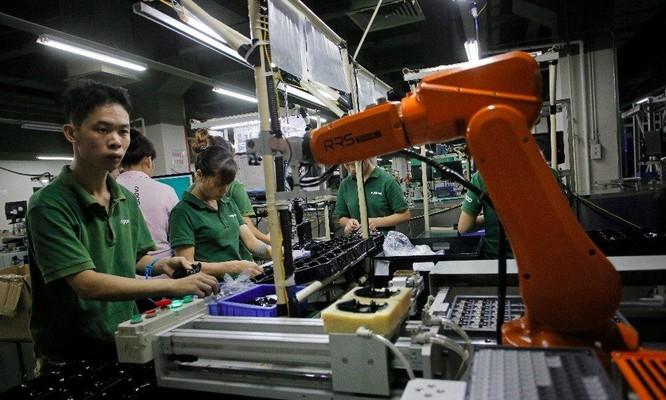 """Người trẻ Trung Quốc bỏ việc sản xuất, đi giao đồ ăn, """"chết đói cũng không làm trong nhà máy"""" ảnh 4"""