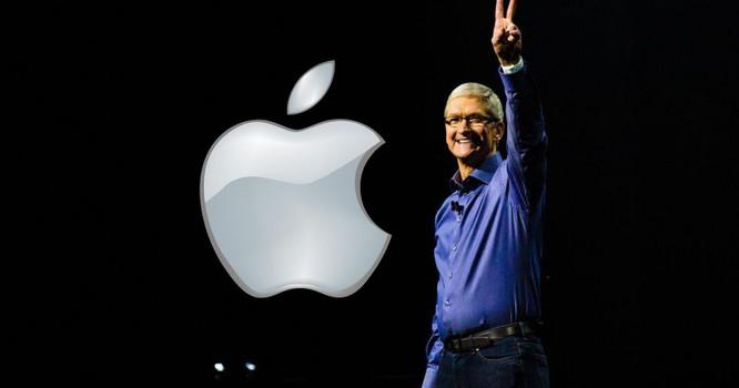 """Nhìn lại hành trình 10 năm Tim Cook trở thành CEO Apple, đưa """"Táo khuyết"""" trở thành công ty 2400 tỉ ảnh 3"""