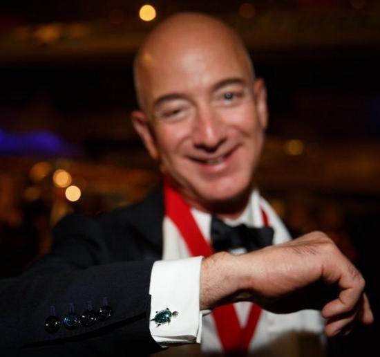 """""""Drama"""" giữa hai ông trùm không gian Jeff Bezos - Elon Musk ngày càng kịch tính ảnh 5"""