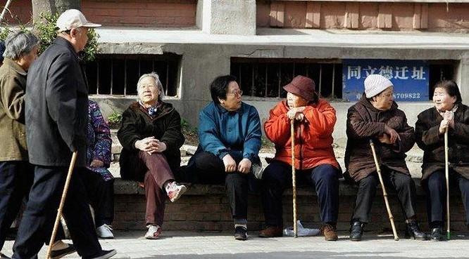 Video ngắn mang lại điều gì cho những người cao tuổi Trung Quốc? ảnh 1