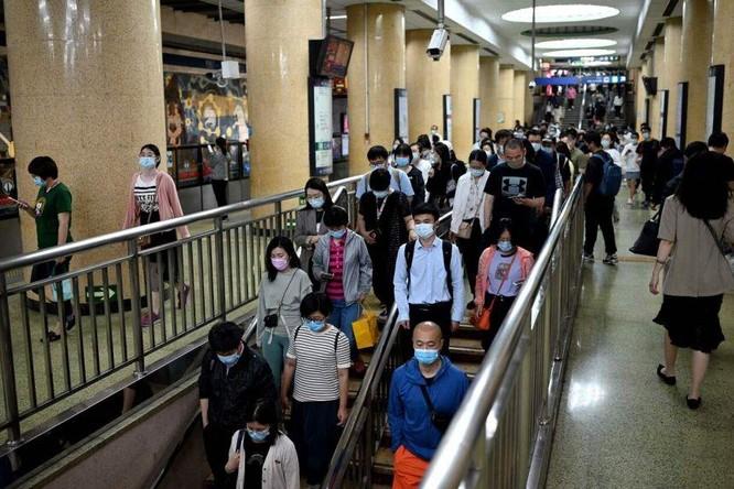 """Nguồn cơn kinh tế-xã hội của trào lưu người trẻ Trung Quốc nằm bẹp, nằm ườn, mặc kệ đời, """"Tang Ping"""" ảnh 2"""