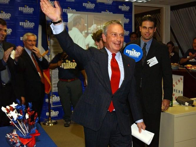 Bloomberg trong chiến dịch tranh cử năm 2001 (Nguồn: Business Insider)