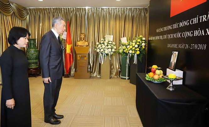 Lễ viếng Chủ tịch nước Trần Đại Quang tại các nước ảnh 11