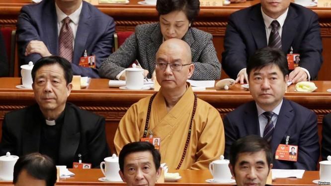 Xâm hại tình dục nữ đệ tử - Hội trưởng Phật giáo Trung Quốc bị bãi chức ảnh 1