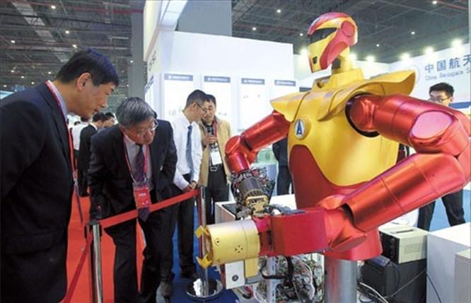 """Bài 4: """"Made in China 2025"""" đã trở thành mối đe dọa với thế thống trị của Mỹ trong các lĩnh vực kỹ thuật độc quyền của các công ty Mỹ và phương Tây ảnh 1"""