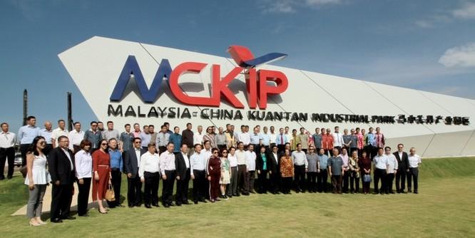 """Ông Mahathir kiên quyết yêu cầu Trung Quốc dỡ bỏ """"Trường thành"""" ở Malaysia ảnh 2"""